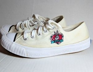 KEDS Rare Vintage 93  Looney Tunes Canvas Sneakers 88e339cbd